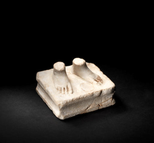 A Roman marble statuette fragment
