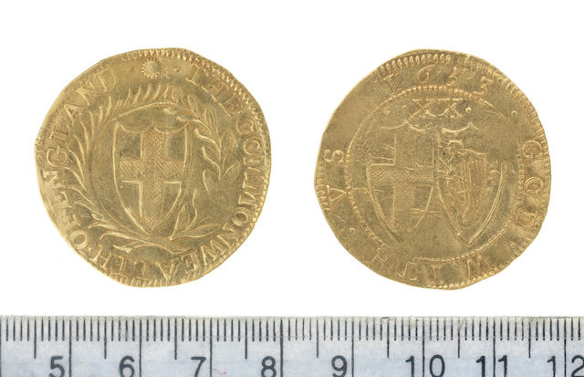 Commonwealth (1649-60), Unite, 1653, 8.7g, shield of St. George within a wreath formed of a palm and laurel branch,