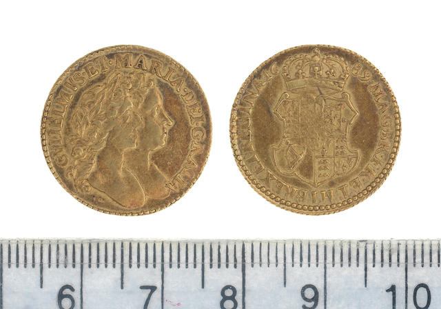 William and Mary, Half-Guinea, 1689, first busts right,