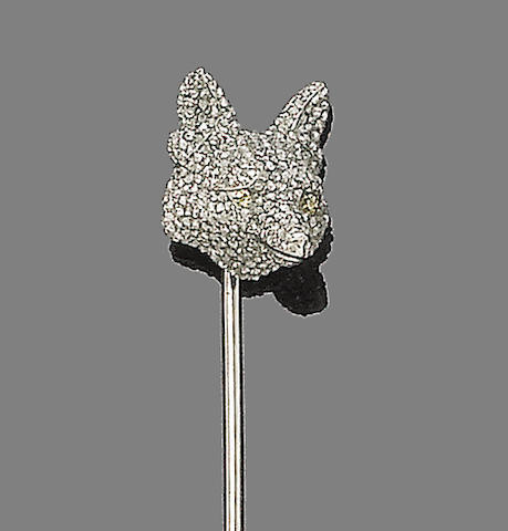 A diamond fox's mask stickpin
