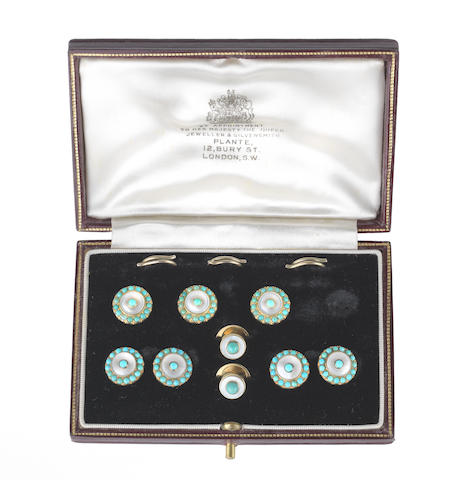 A mother-of-pearl and turquoise dress set (6) (illustrated above)