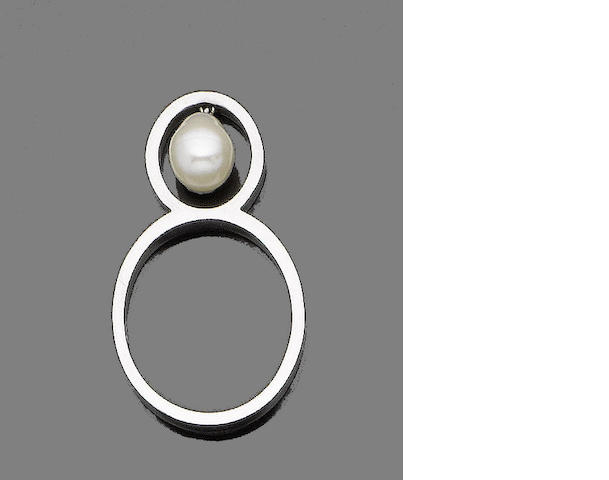 A cultured pearl ring, by Grima,