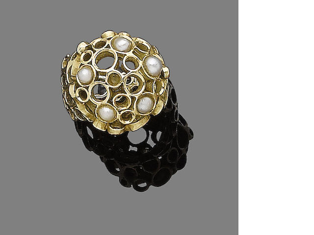 A gold and cultured pearl ring,