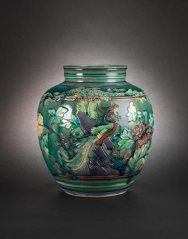 An elegant Fahua-style, oviform vase