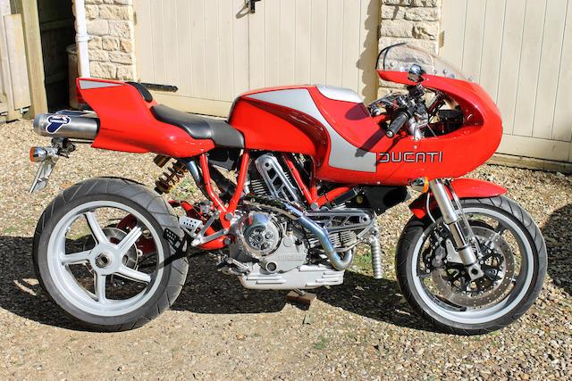c.2001 Ducati 904cc MH900E Frame no. ZDMV300AA1B001657 Engine no. ZDM904A2K013335