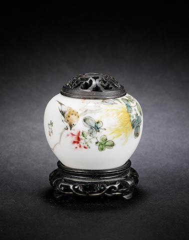 A famille rose melon-shaped brush pot Jingzhen Shengli Gongsi six-character mark