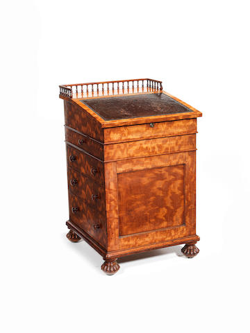 A William IV satinwood davenport by Isaac Bradshaw for Gillows