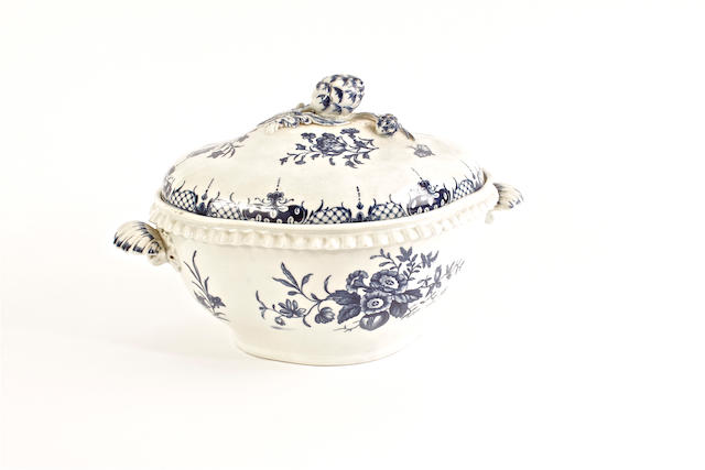 A Worcester soup tureen and cover, circa 1770