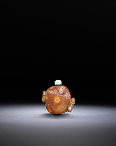 An agate 'jujube and peanuts' snuff bottle Qing dynasty, 1750-1850