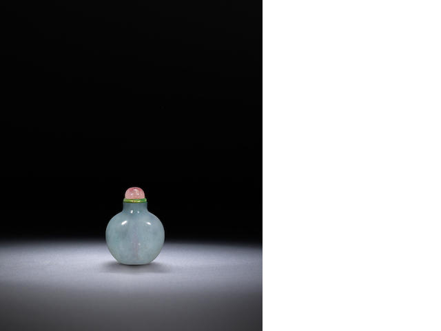 A lavender blue jadeite snuff bottle 1770-1850