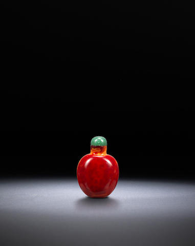 A 'realgar' glass snuff bottle Qing dynasty, 1700-1820