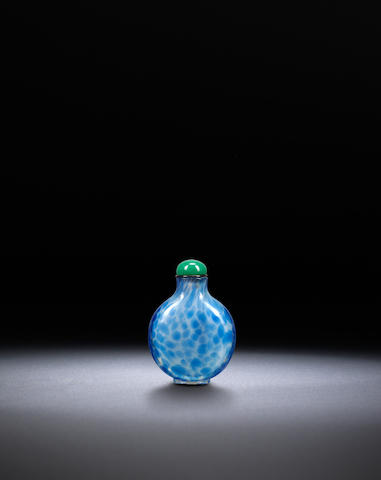A pale blue 'bubble' glass snuff bottle Qing dynasty, 1730-1840