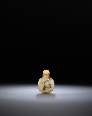 A carved agate 'lantern festival' snuff bottle Suzhou, School of Zhiting, 1750-1850