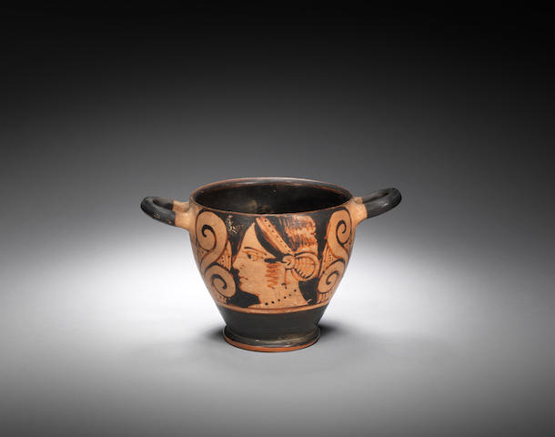 An Etruscan red-figure skyphos