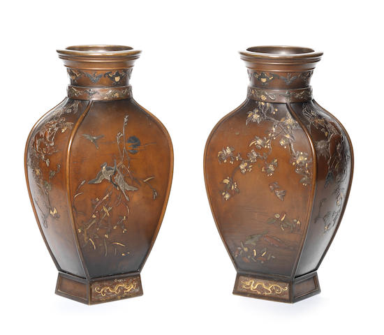 A pair of inlaid large bronze vases By Miyabe Atsuyoshi, Meiji Period