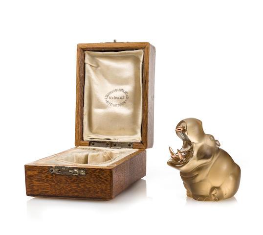 Denisov-Uralskii (topas, gold, hippo)