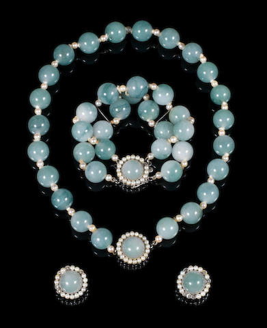 A beaded necklace with clasp
