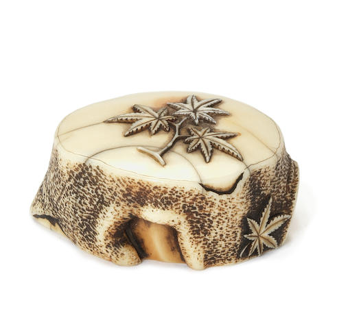 An ivory netsuke of a tree stump By Ohara Mitsuhiro (1810-1875), Osaka, dated 1839