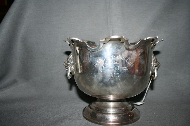 Parkstone Golf Club: 1923 Captain's Prize A silver Mappin & Webb trophy with lion headed handles. 6 inches high; 7½ inches diameter