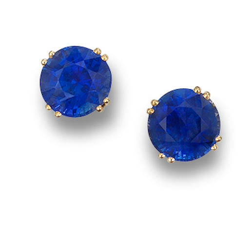 A pair of sapphire earstuds