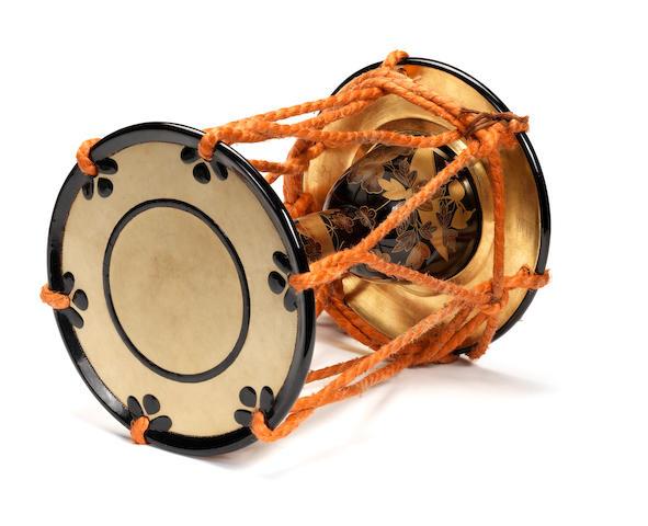 A lacquered-wood tsuzumi (hand drum) Taisho Period