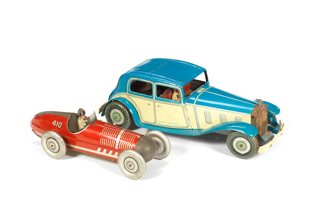 Wells Rolls Royce Saloon and Marx racing car 2