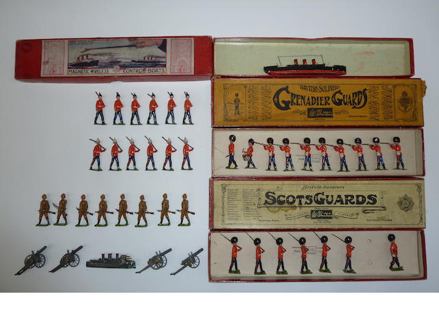 Britains set 34, Grenadier Guards 43