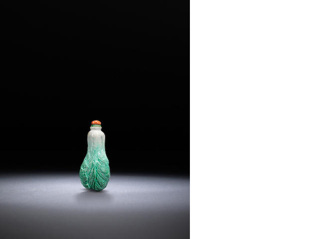 A moulded porcelain 'cabbage' snuff bottle Late Qing dynasty