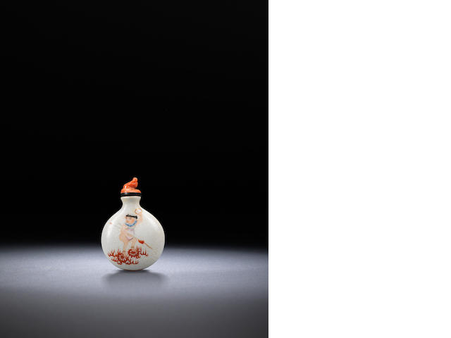 An incised porcelain 'Journey to the West' snuff bottle  Late Qing dynasty