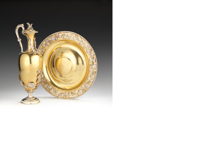 Victorian silver gilt ewer and plate racing trophy, Chefoo races, in oak case
