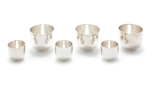 Three large and three small  silver tumblers by R. Comyns, London 1966 and 1967  (6)