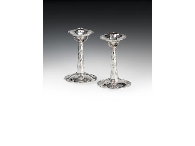 Ramsden and Carr - pr silver candlesticks (2)