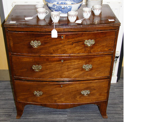 A George III mahogany bowfront chest of drawers