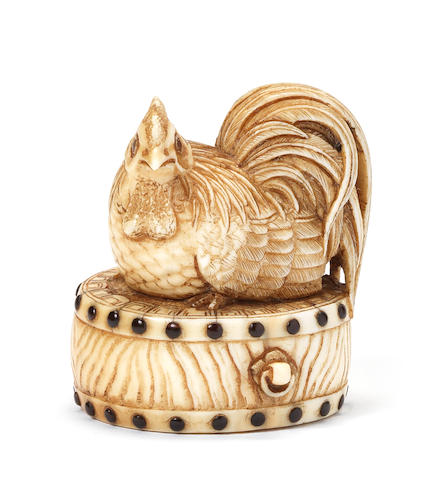 An ivory netsuke of a cockerel By Chokusai, late 19th century