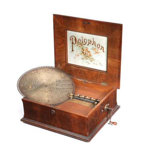 A 15.5/8-inch Polyphon disc musical box,