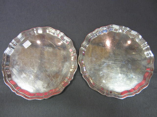 A pair of George V silver waiters Sheffield 1934