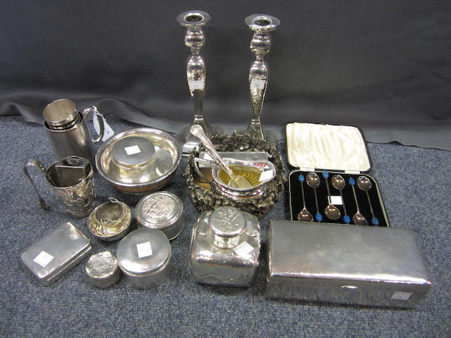 A collection of Chinese silver items  (Qty)