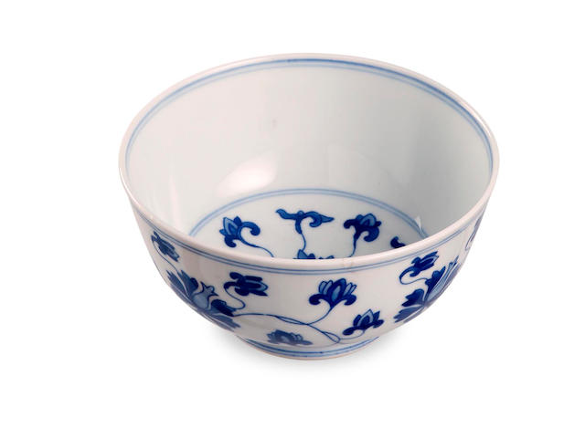 A blue and white 'lotus' bowl Six-character Kangxi mark to the base