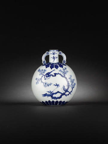 A rare small Ming-style blue and white moonflask, bianhu 18th century
