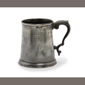 A Pre-Imperial straight-sided pint mug, circa 1780