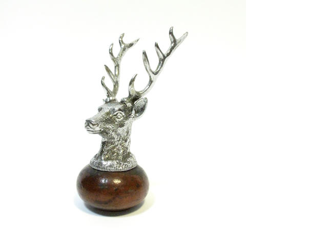 A stag head car mascot