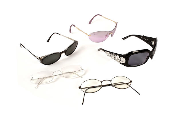 A group designer sunglasses and reading glasses