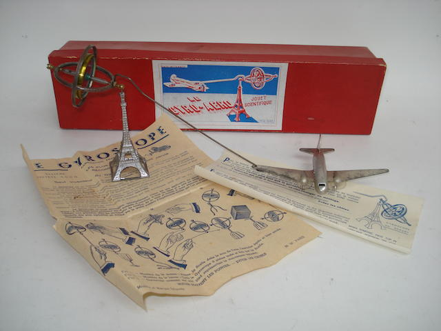 Eiffel tower Airplane Gyro-aero toy