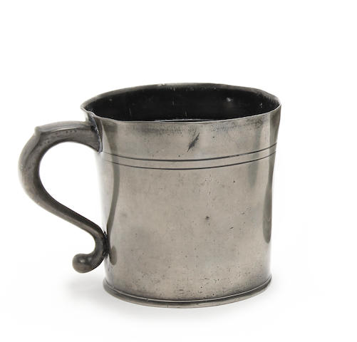 An 18th Century squat OEWS pint mug, North of England
