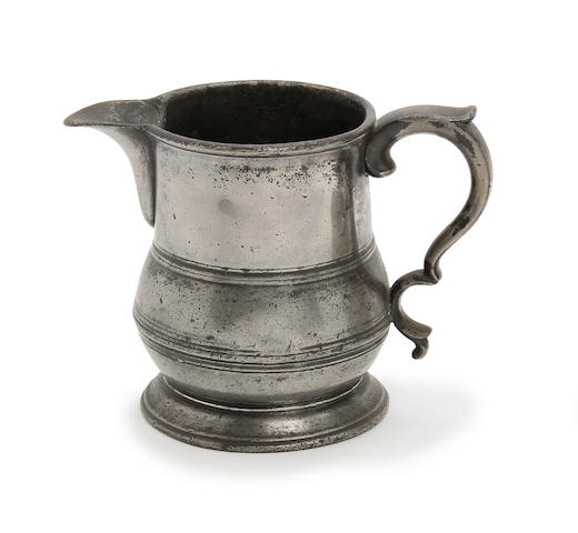 A pint spouted tulip-shaped jug, circa 1820