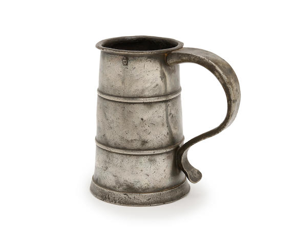 A pint two-band tavern pot, circa 1690