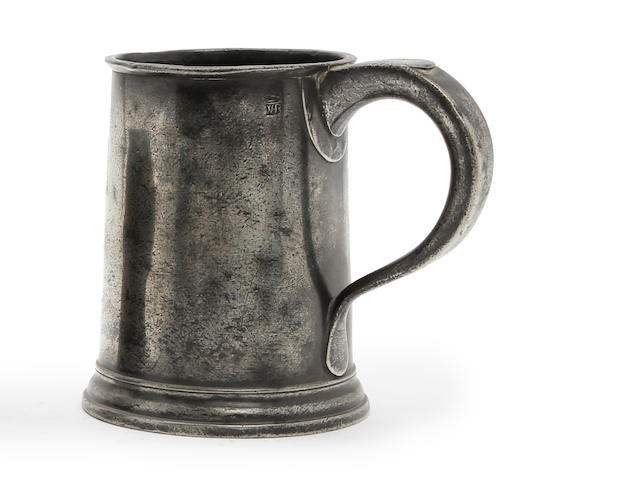 A pre-Imperial quart straight-sided mug, circa 1770