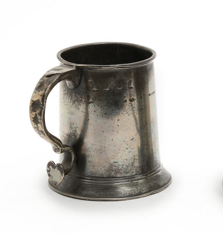 A York pre-Imperial pint straight-sided mug, circa 1770