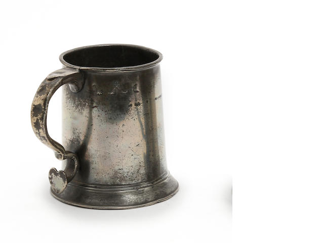 A pre-Imperial York pint straight-sided mug, circa 1770
