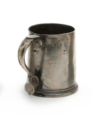 A York pre-Imperial pint straight-sided mug, circa 1770